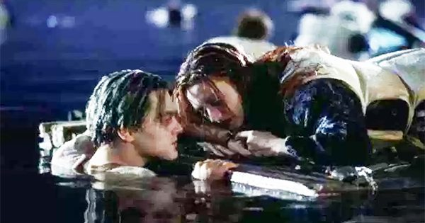 """""""Titanic"""" Director Reveals Why Rose Didn't Share The Door With Jack"""